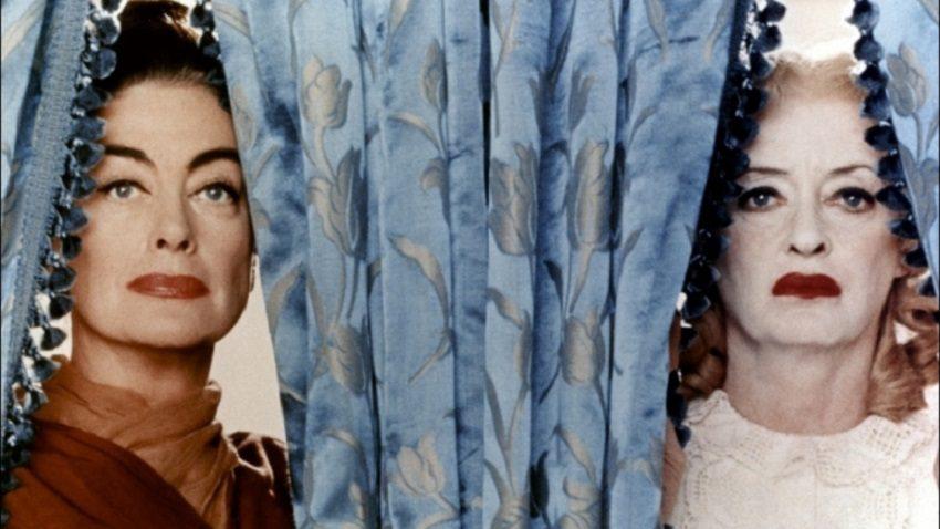 «Το μόνο καλό ήταν ότι πέθανε»: Το ασίγαστο μίσος ανάμεσα σε δύο από τις μεγαλύτερες πρωταγωνίστριες στα χρονικά του Hollywood