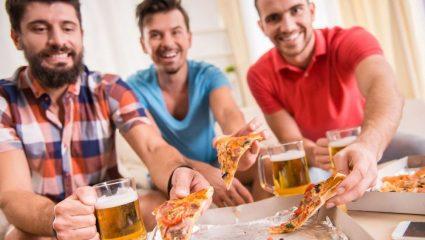 Οι 10 προετοιμασίες που πρέπει να κάνει κάθε άνδρας για το Μουντιάλ
