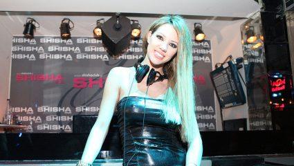 Αυτή είναι η διάσημη Ελληνίδα τραγουδίστρια με το πιο «καυτό» Instagram (Pics)