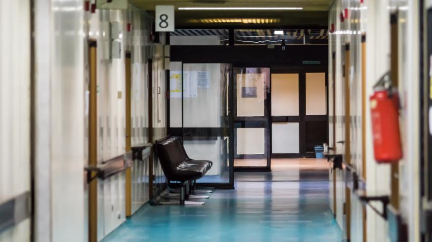 5 κλασσικοί τύποι που συναντάς σε ένα διανυκτερεύον νοσοκομείο