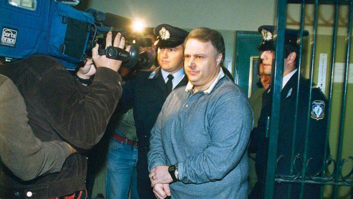 25 χρόνια ασύλληπτος: Η κινηματογραφική ζωή του αδερφού του Γιώργου Κοσκωτά που έκανε πλάκα στην αστυνομία