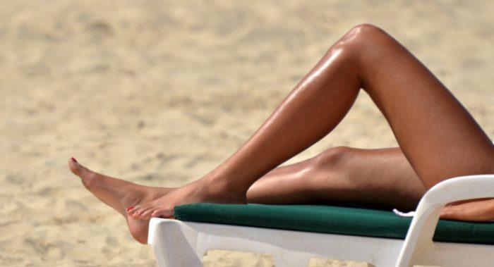 Γυπαετός Alert: Δέκα τρόποι για να «ψήσεις» κάθε γυναίκα στην παραλία