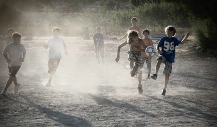 Οι κανόνες της μπάλας όταν ήμασταν παιδιά και τώρα που μεγαλώσαμε