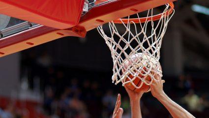 Πάνω από 8/10 ούτε ο Τόλης Κοτζιάς: Μπορείς να αναγνωρίσεις 10 ελληνικά γήπεδα μπάσκετ από το διχτάκι;