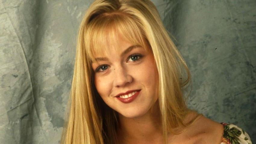 Η Κέλλυ απ' το «Χτυποκάρδια στο Μπέβερλι Χιλς» έφτασε 46 και σήμερα θα την ερωτευόσουν επί 10 (Pics)