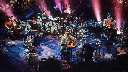 Με μια καραμπίνα στο στόμα: Το άλμπουμ-αποχαιρετισμός του κορυφαίου ροκ σταρ των 90s