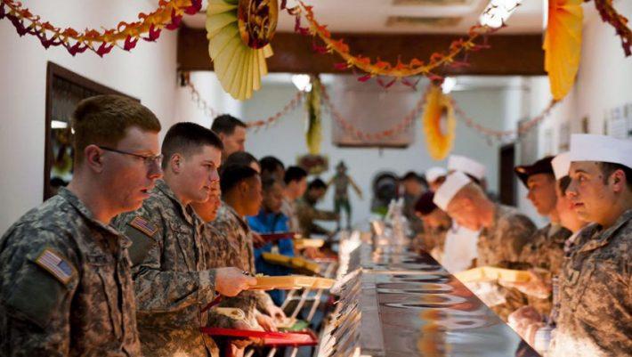 «Κινέζο» κάθε Τρίτη: Το εβδομαδιαίο πρόγραμμα φαγητού του στρατού που δεν αλλάζει ποτέ (Pics)