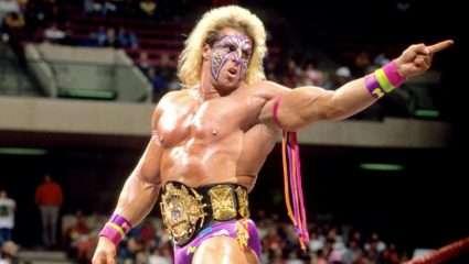 Η βιομηχανία του WWE: Οι 5 νεκροί παλαιστές που θυσιάστηκαν για το προϊόν