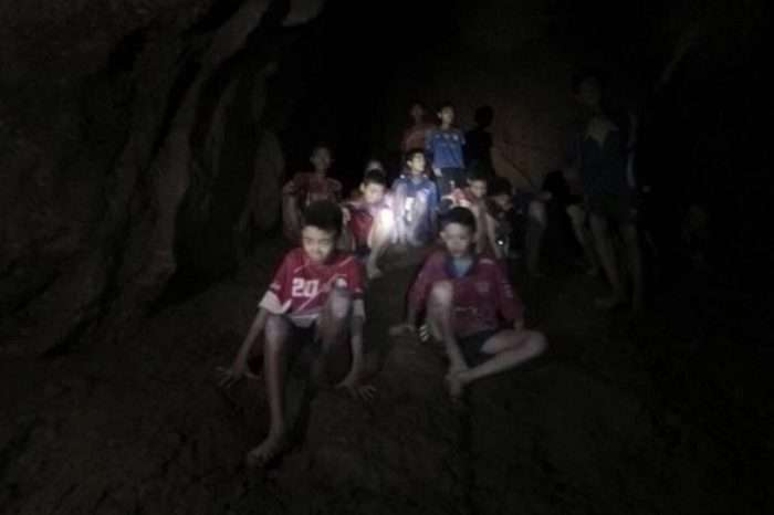 Κόντρα στη φύση: Οι 2 εγκέφαλοι της επιχείρησης διάσωσης των παιδιών στην Ταϊλάνδη (Pics)