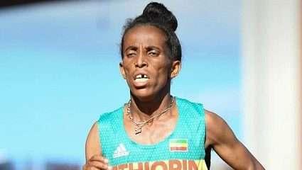 Έκλεισε στόματα: Οι 5 φωτό που αποδεικνύουν ότι η δρομέας από την Αιθιοπία είναι όντως 16