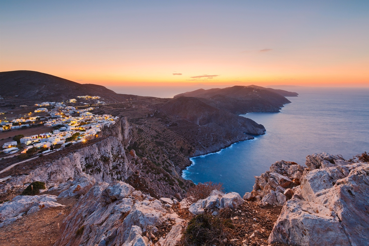 Απομόνωση, ξεκούραση, ελευθερία: Το παρεξηγημένο ελληνικό νησί που αποθεώνει όλη η Ευρώπη (Pics)