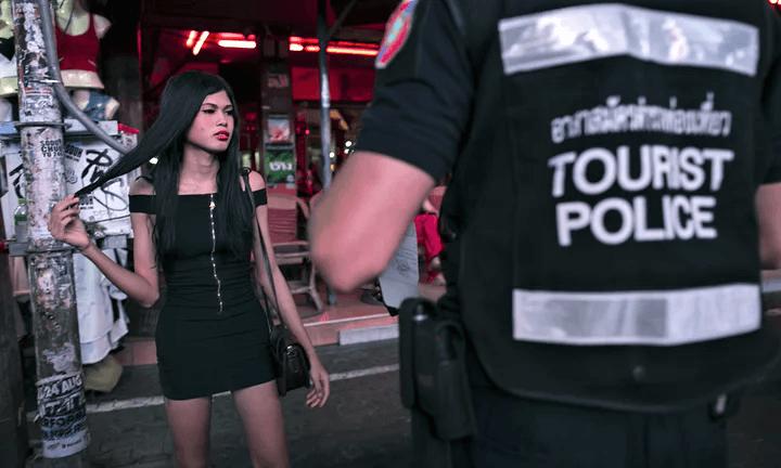 Η «απαγορευμένη» πόλη των 27.000 ιερόδουλων: Διαστροφές, παιδεραστία και συνευρέσεις μέχρι και στους δρόμους (Pics & Vid)