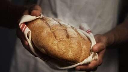 Ο μύθος του καταραμένου ψωμιού: Το μυστήριο με το χωριό που γεύτηκε τον θανατο