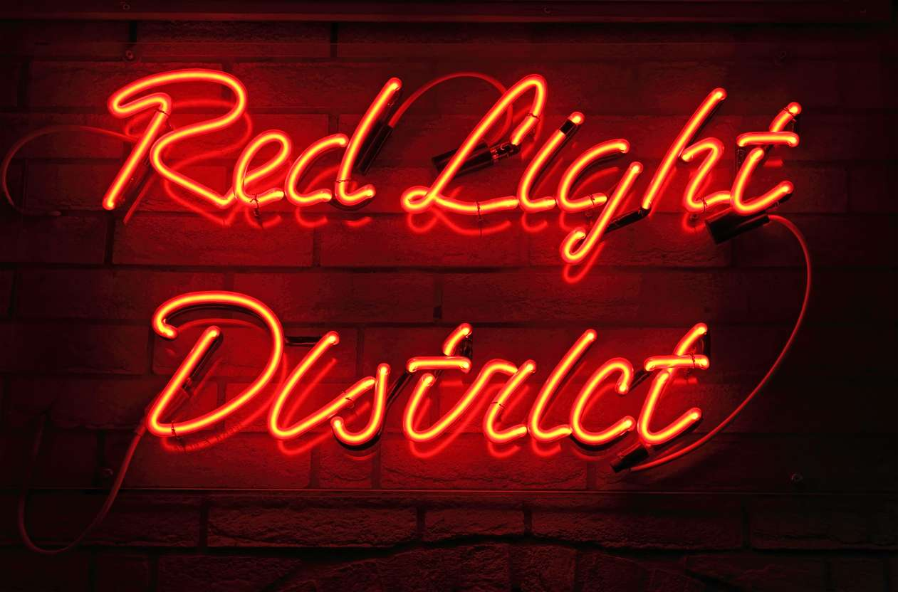 Red Light District: Η σκοτεινή πλευρά του ερωτικού Παραδείσου της Ολλανδίας (Pics)