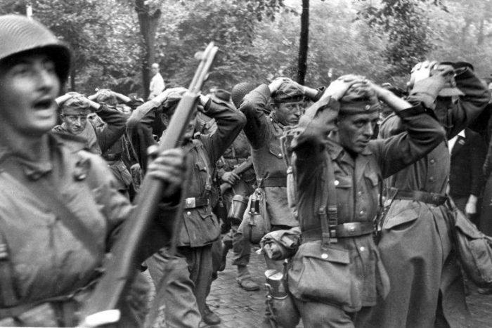 «Στρατόπεδα των Λιβαδιών»: Το ένοχο μυστικό των Συμμάχων στο Β' Παγκόσμιο Πόλεμο