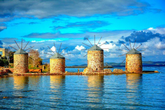 Υποτιμημένο διαμάντι: Το νησί που θα έπρεπε να βουλιάζει από κόσμο δεν το προτιμάει κανείς (Pics)