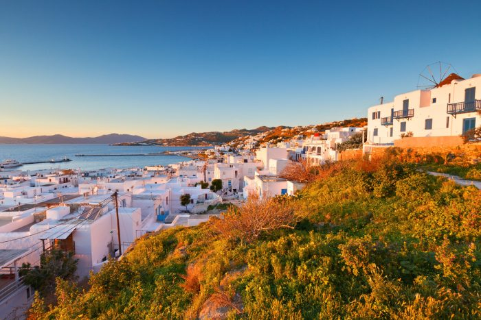 One of a kind: Το νησί που τα 2 τελευταία χρόνια βούλιαξε από Έλληνες νικάει και το Airbnb
