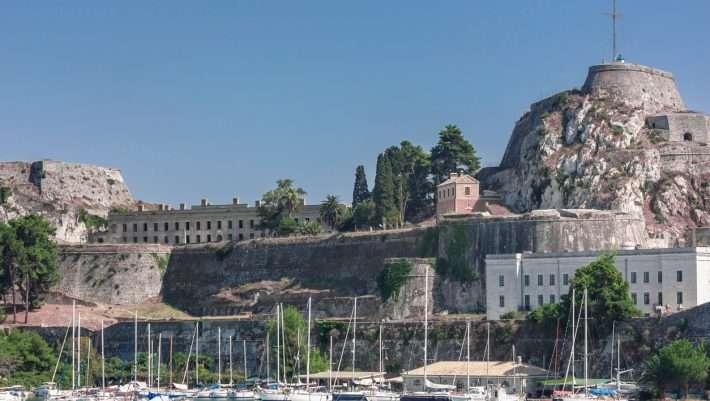 Κέρκυρα: Το νησί που θα μπορούσε να ζήσει άνετα ένας Αθηναίος
