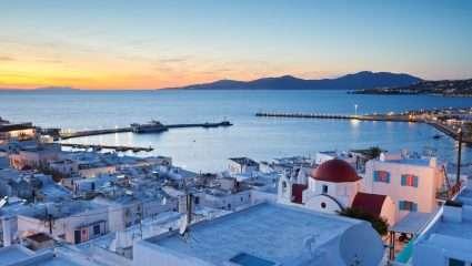 Η νέα Μύκονος: Το δημοφιλέστερο νησί που πήγαν φέτος όσοι δεν είχαν λεφτά για Μύκονο