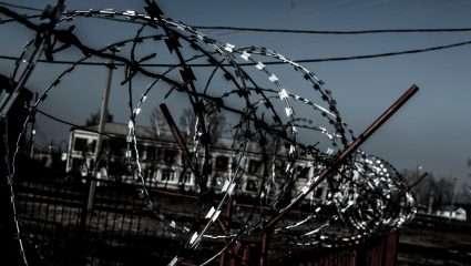Ταινία-πείραμα: 400 άτομα επί 3 χρόνια κλεισμένα σε μια προσομοίωση στρατοπέδου συγκέντρωσης του Στάλιν