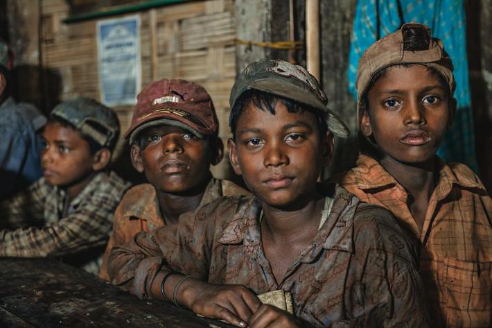 https://menshouse.gr/media/2018/10/09/chittagong5.jpg