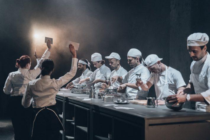 Η Κουζίνα: Μια παράσταση με τρομερή αρμονία και μια δόση από STOMP