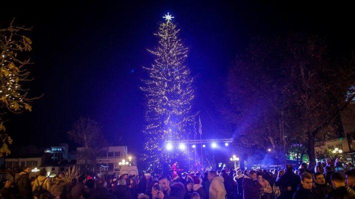 Σχέδιο ανάπτυξης: Η έξυπνη ελληνική πόλη που τα Χριστούγεννα έχει πιο πολλούς τουρίστες απ' ό,τι η Μύκονος το καλοκαίρι (Pics)