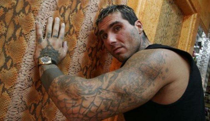 Ναρκωτικά, όπλα, tattoo, ξύλο: Ο μυστηριώδης θάνατος του πιο ιδιαίτερου Έλληνα ράπερ