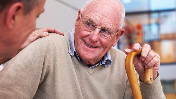 10 λέξεις που αν τις χρησιμοποιείς ακούγεσαι γέρος