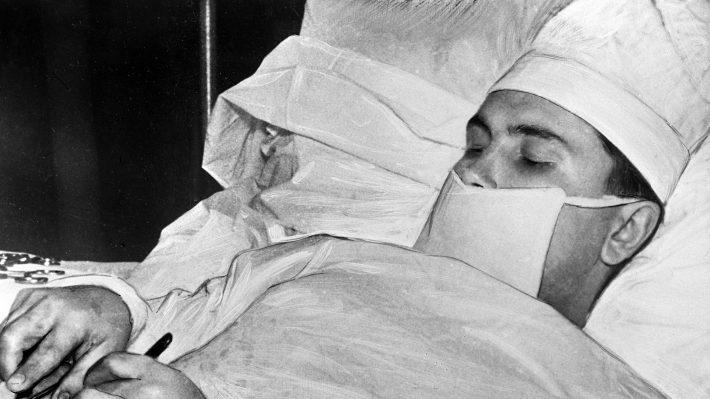 «Πρέπει να το κάνω μόνος μου»: Ο μεγαλύτερος ιατρικός άθλος του 20ου αιώνα