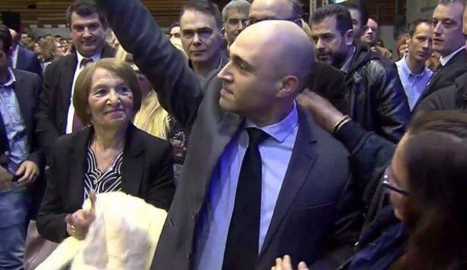Αλλάζει χώρο: Το επόμενο βήμα του Κωνσταντίνου Μπογδάνου μετά τη διαγραφή από τη ΝΔ