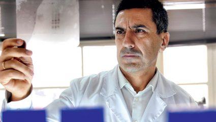 Πατέντα για… Νόμπελ: Ο Έλληνας επιστήμονας που δίνει «τροφή» σε όλο τον κόσμο