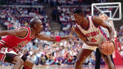 Το πιο unfair στην ιστορία του NBA: Όταν ο Μάικλ Τζόρνταν ανάγκασε τους αντιπάλους του να φύγουν από το γήπεδο