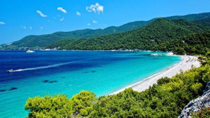 Έχει τα πάντα: το αδικημένο ελληνικό νησί που ξέχασε ο τουρισμός (Pics)