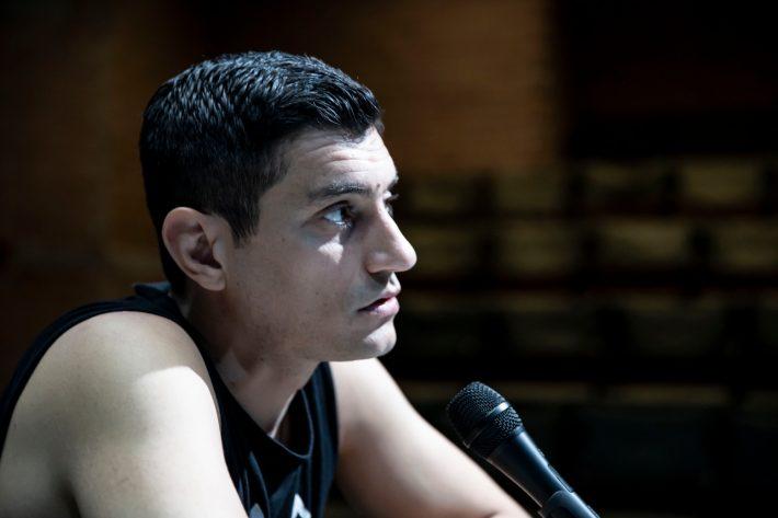 Ο Αργύρης Πανταζάρας είναι ένας κινηματογραφιστής στα σπλάχνα του θεάτρου