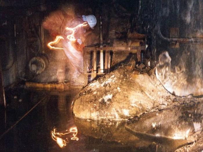 «Το πόδι του ελέφαντα»: Το ραδιενεργό τέρας που γεννήθηκε στο Τσέρνομπιλ σκοτώνει σε 5 λεπτά