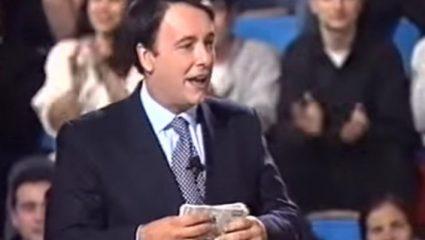Πέταξε στα σκουπίδια 5 εκατ.: Ο πιο άτυχος παίκτης στην ιστορία των ελληνικών τηλεπαιχνιδιών (Vid)