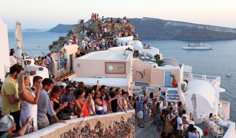 Απ' την κορυφή στα τάρταρα: Το νησί που έχει τη μεγαλύτερη πτώση τζίρου στην Ελλάδα λόγω κορωνοϊού