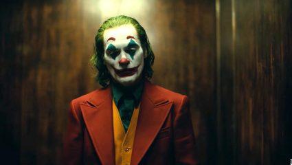 Το νέο trailer του Joker πιστοποιεί ότι ο Χοακίν Φοίνιξ κάνει ερμηνεία καριέρας