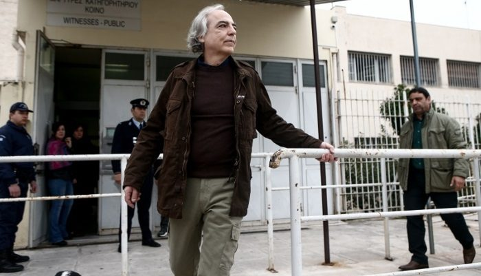 «Γεια σας, είμαι ο Δημήτρης»: Η μέρα που ο Κουφοντίνας πήγε κόντρα στη «λογική» της 17Ν