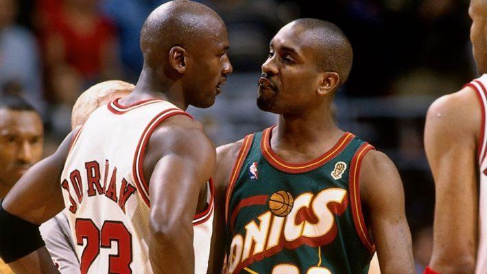 Έβγαλε από τα ρούχα του μέχρι και τον Τζόρνταν: Ο καλύτερος trash-talker του NBA