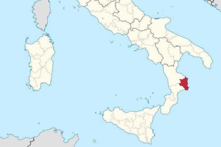 «Υποκλιθείτε στη Μεγάλη Ελλάδα»: Η ιταλική ομάδα με τους τιφόζι που τραγουδούν… ελληνικά