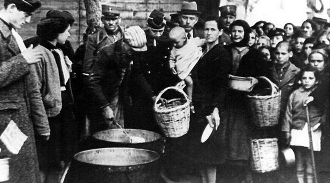 Τα ταπεινά φαγητά της κατοχής: Το «μάννα εξ ουρανού» που έσωσε χιλιάδες Έλληνες