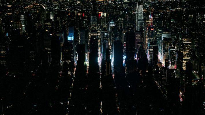 Η εξέγερση των «αθλίων»:  Το black out που σκοτείνιασε τη Νέα Υόρκη και φανέρωσε τη μαύρη ψυχή της