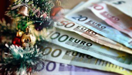 Δώρο Χριστουγέννων: Τι ποσά δικαιούνται οι μισθωτοί πλήρους και μερικής απασχόλησης
