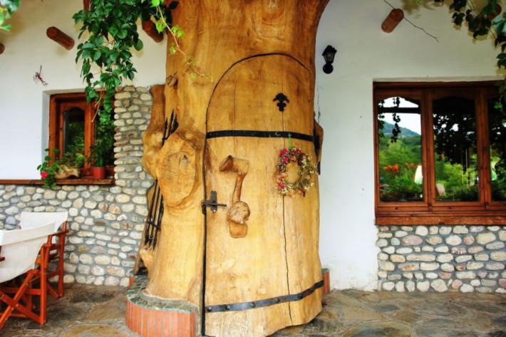 Βγαλμένο από παραμύθι:  Ο ελληνικός τουριστικός οικισμός που προσπαθούν να αντιγράψουν οι ξένοι