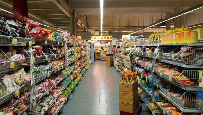 Αλλάζουν πίστα: Οι 3 μεγάλες αλλαγές των σούπερ μάρκετ στην Ελλάδα που μπαίνουν στη νέα εποχή