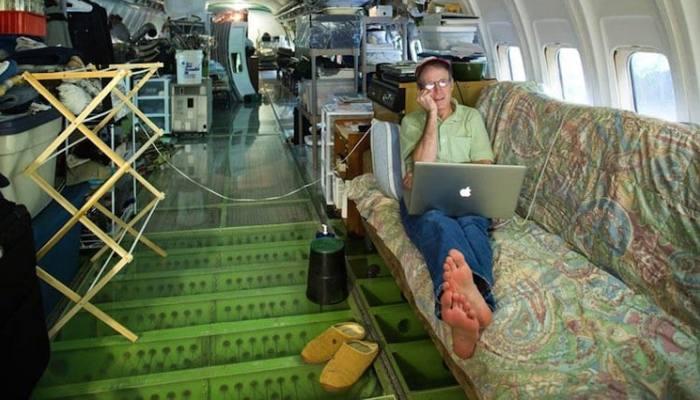 Ο θρύλος της Ολυμπιακής: Το αεροπλάνο που μετέφερε τη σορό του Ωνάση «προσγειώθηκε» σε δάσος της Αμερικής