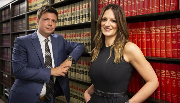 Αθωώνει και τον διάβολο: Η πιο μισητή δικηγόρος στον κόσμο παραμένει «άχαστη»