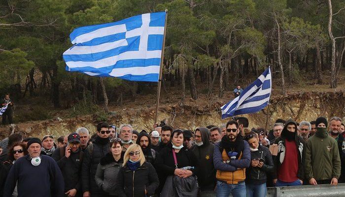 Έχετε καταλάβει τι συμβαίνει στη Χίο και τη Μυτιλήνη;